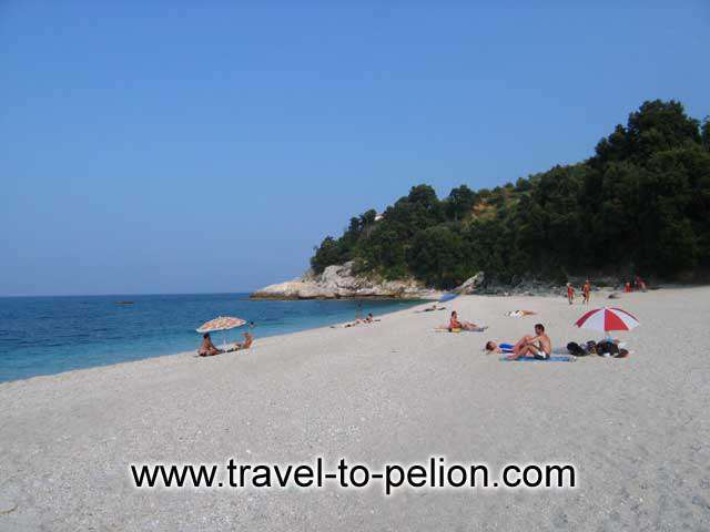 PAPA NERO BEACH - Papa Nero is the beach south of Agios Ioannis. Long, white sandy beach with crystal clear water.