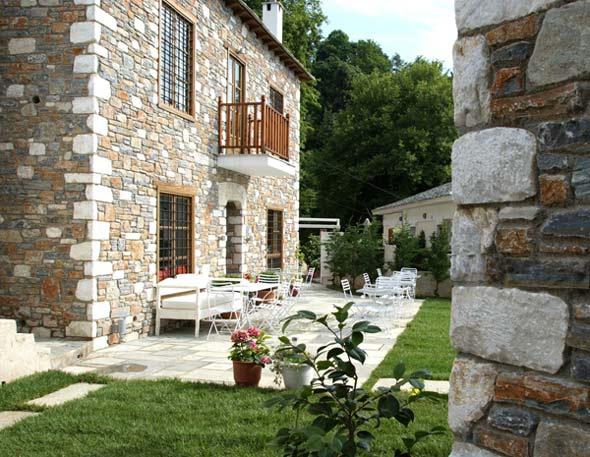 ZISIMATOS PELION RESORT  HOTELS IN  Ag. Dimitrios, Tsangarada CLICK TO ENLARGE